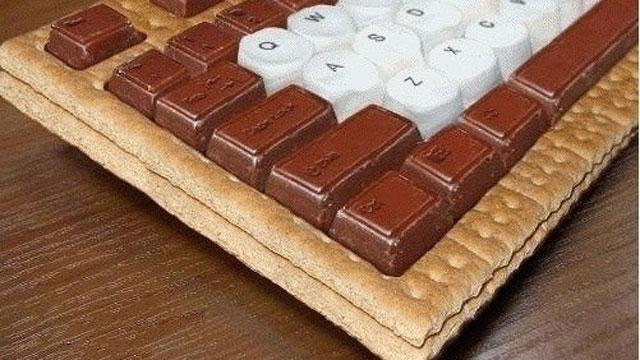 Необычные, эксклюзивные мышки и клавиатуры.